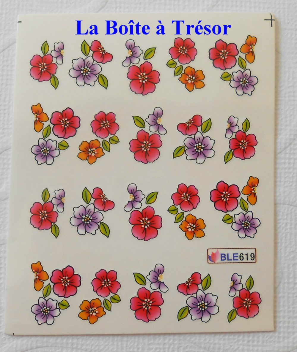 Nail Art – Stickers pour Ongles Water Decal Fleurs Réf. BLE619