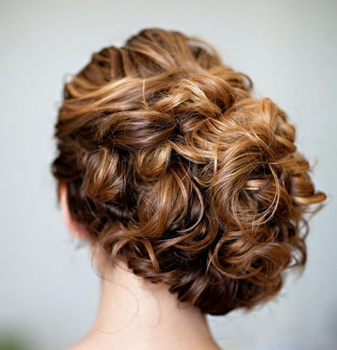 Coiffure De Mariage  : wedding hairstyle; Photo: Robert and Kathleen Photographers