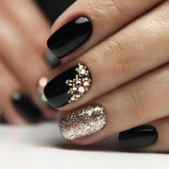 80 Incredible Black Nail Art Designs for Women and Girls #nails #nailart #naildesigns