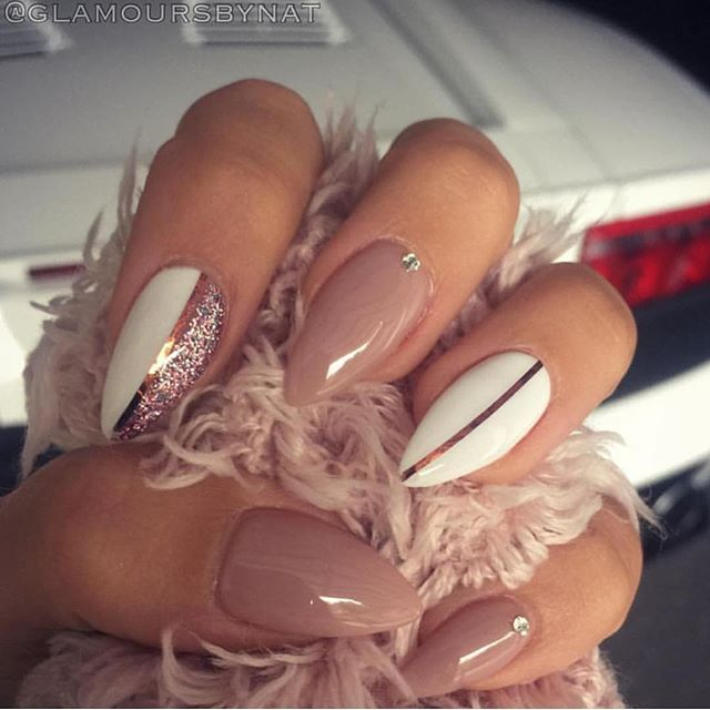Pin for Later: 22 Nude Nail Art Ideas to Mix Up Your Basic Manicure Source by liestromp__   …