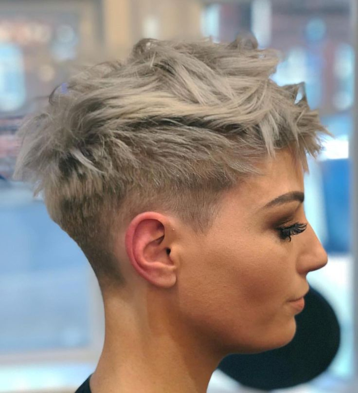 Edgy broken wave texture on ash-blonde – stylish pixie haircuts #pixie #hair #hairstyles #haircut #hairstyles #blonde #blondehair Source by femkekoning   …