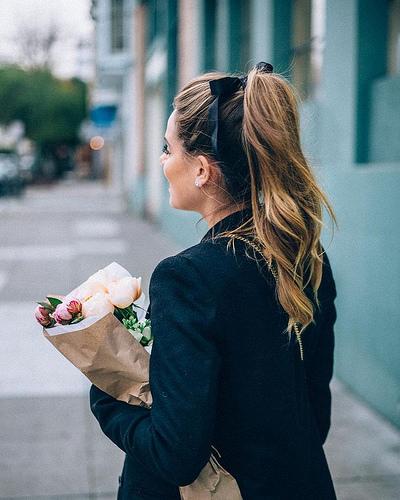Idée Coiffure :    Description   Daphné      madame.tn/beaute/coiffure/idee-coiffure-daphne/  Posté par madame_shopping  sur 2017-10-22 21:16:39      Tagged:    …