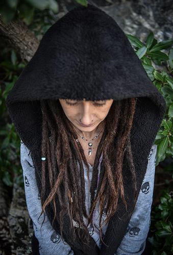 Posté par Freekor  sur 2019-01-27 16:38:56      Tagged:  , portrait , femme , coiffure , girl , dreadlocks , dread   …