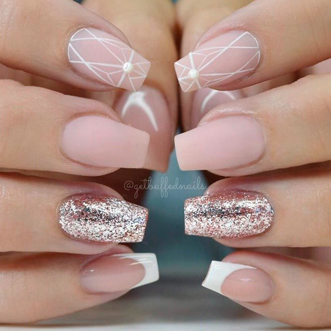 Matte Nails With Geometric Pattern #mattenails #geometricnails #glitternails ★ Simple and natural design ideas to treat your nails with! #glaminati 