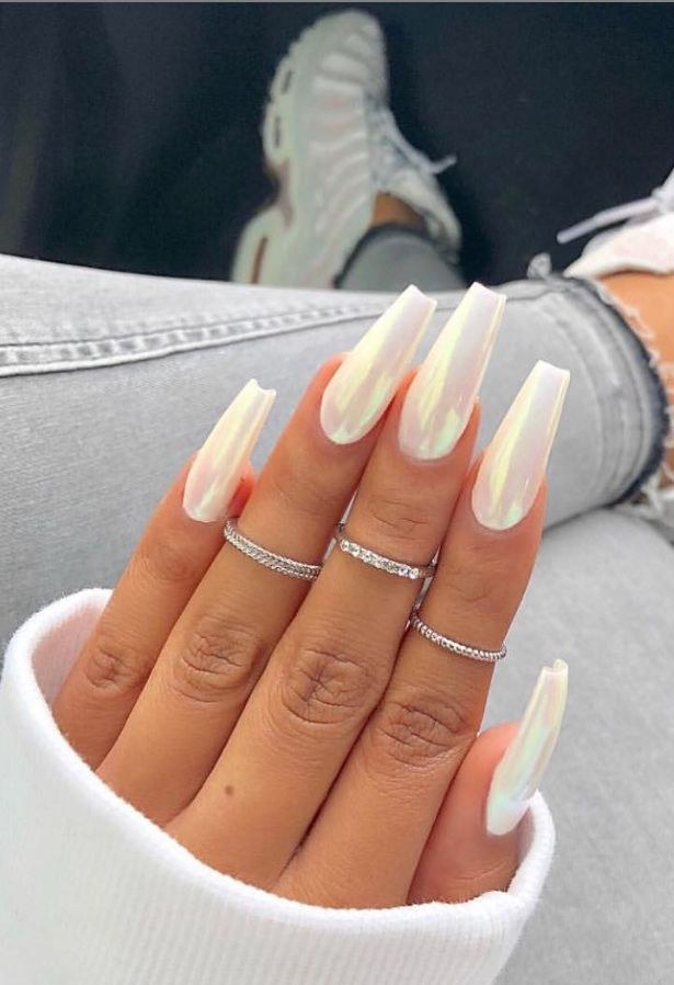 40 Pretty Nude & Ombre Acrylic And Matte White Nails Design For Short And Long Nails – Source by fashionsum_com   …