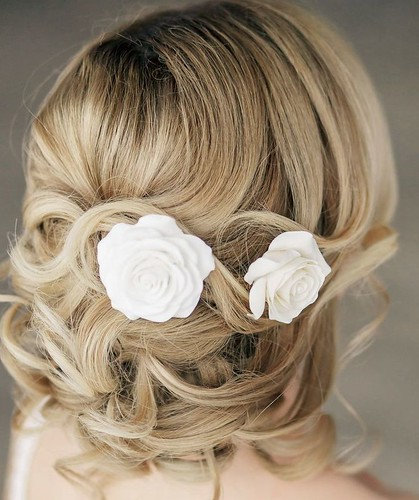 Coiffure De Mariage   Description   Wedding Hairstyle: Elstile      flashmode.be/coiffure-de-mariage-wedding-hairstyle-elstil…  Posté par flashmode.be  sur 2018-09-14 13:51:00      Tagged:    …