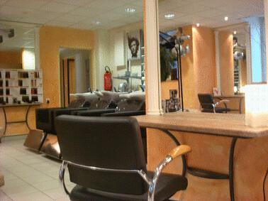 Posté par Pêche Alès en Cévennes  sur 2011-10-14 19:18:04      Tagged:  , salon , coiffure , vendre , ales   …