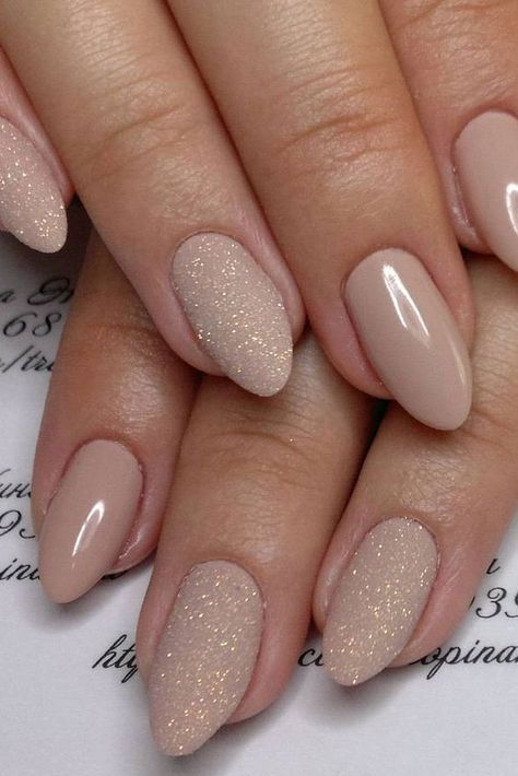 37 Gorgeous Wedding Nail Art Ideas For Brides #nails #wedding #designs #summer Source by sangitadijkstra   …