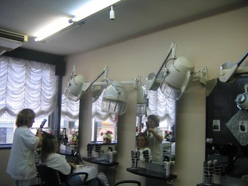 Posté par maritimo1960  sur 2012-04-27 12:49:39      Tagged:  , Friseur , hairdresser , coiffure , peluqueria , kapsalon , fryzjer   …