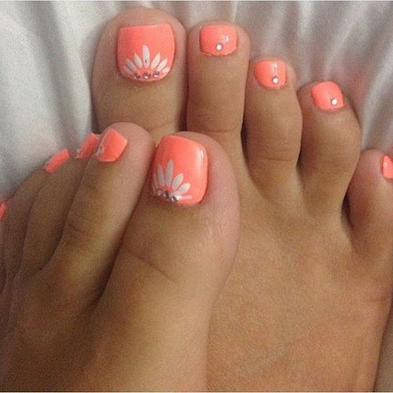 Neon Toe Nails with Gems via Source by wvwil916gmailcom   …