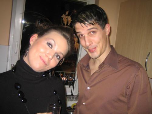 Posté par effemair  sur 2006-12-29 15:30:18      Tagged:  , soirée , haute , coiffure   …