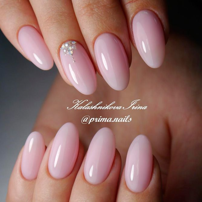 Fabulous Designs for Almond Shaped Nails picture 3 Source by petraboin   …