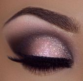 Mooie oogmakeup Source by shreya1290   …