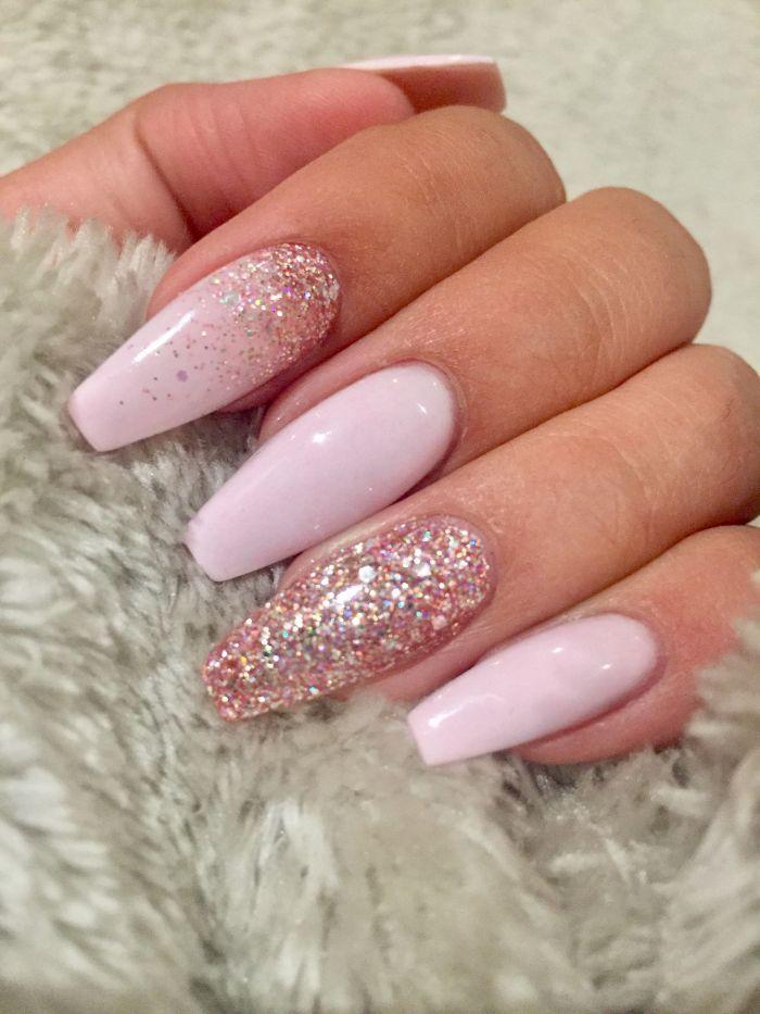 [ad_1]  ballerina-nails-in-dezenter-farbe-die-besser-bei-längeren-nägeln-passt-glitter-nagellack Source by nadinet0797 [ad_2]  …